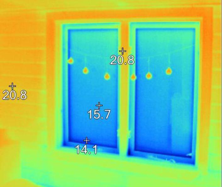 Indvendig termografi af vindues parti
